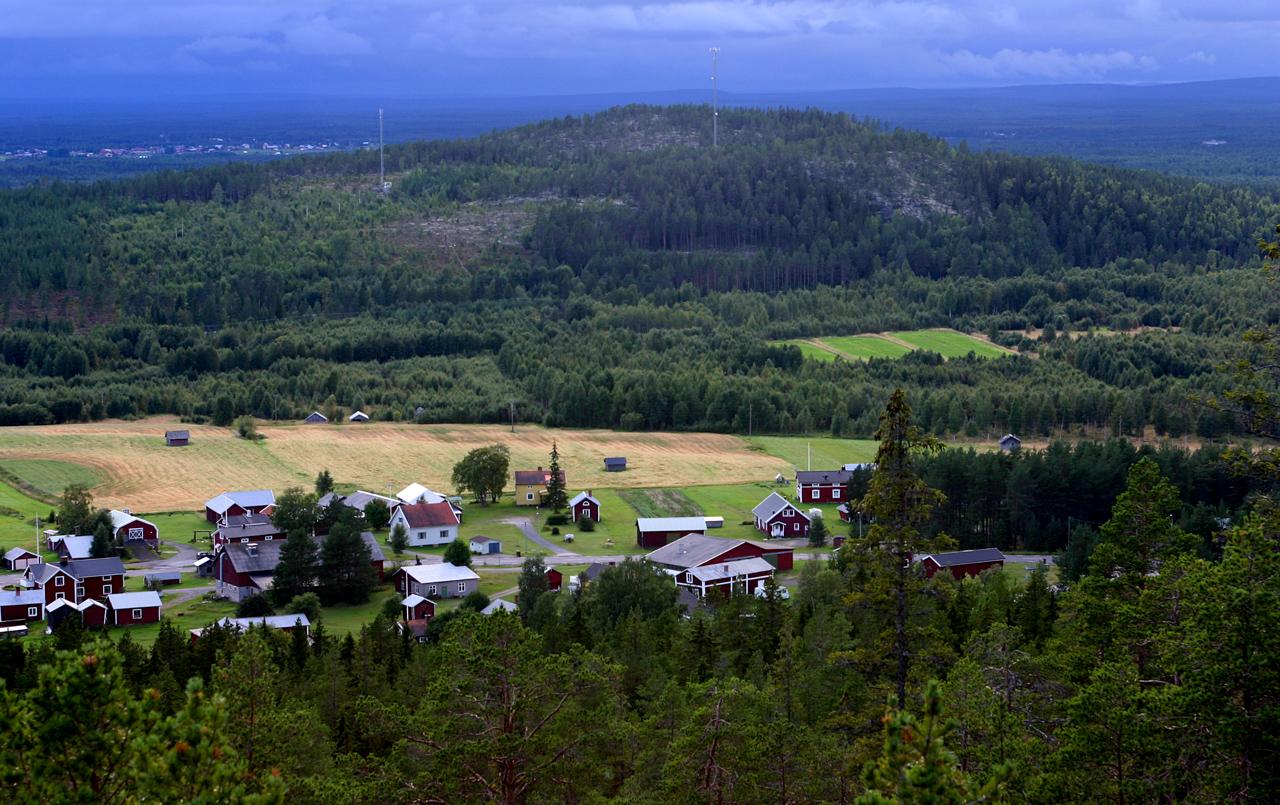 Utsikt från byberget sommar